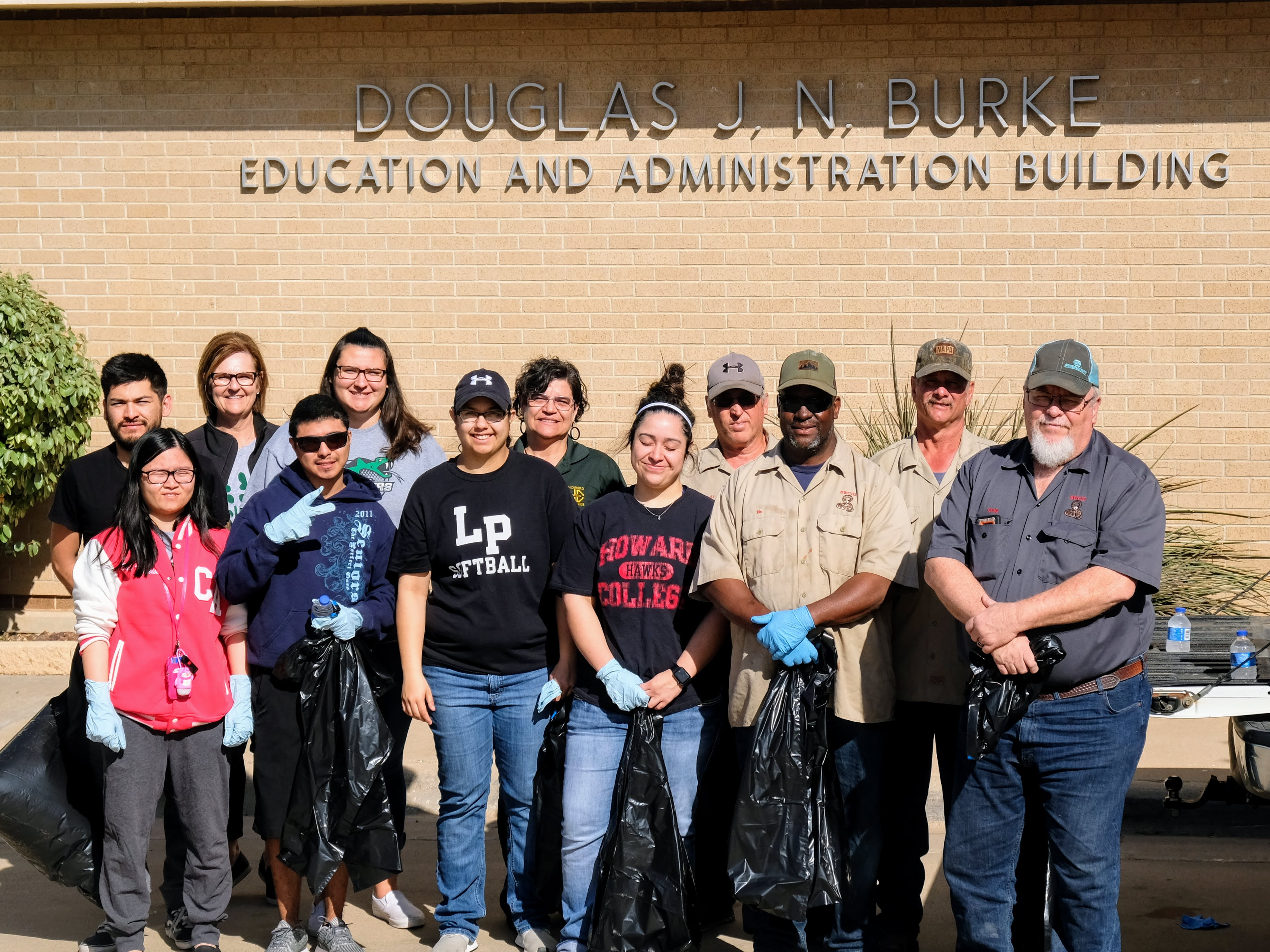 Rattlers participate in annual Trash-Off