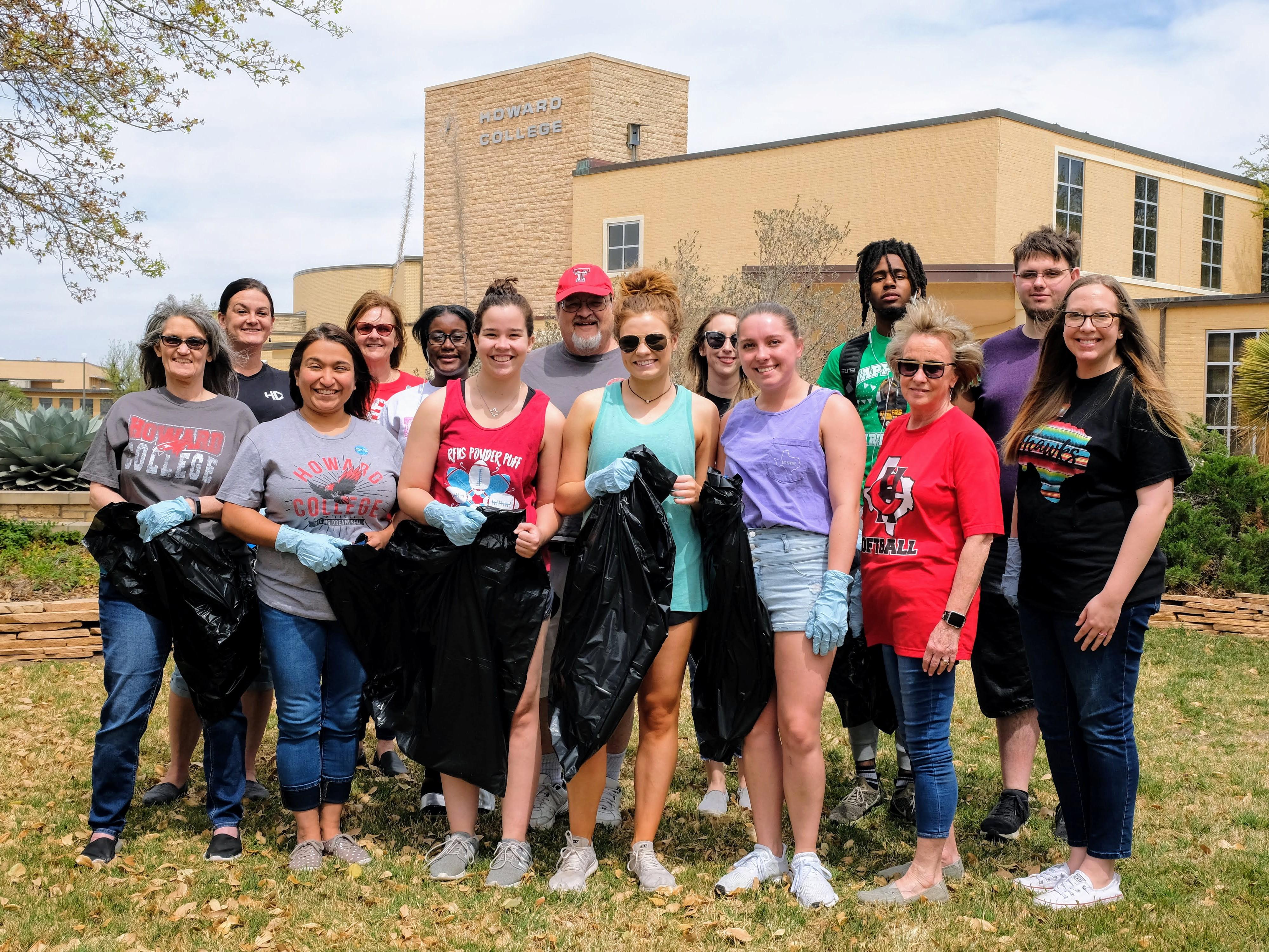 Hawks participate in annual Trash-Off