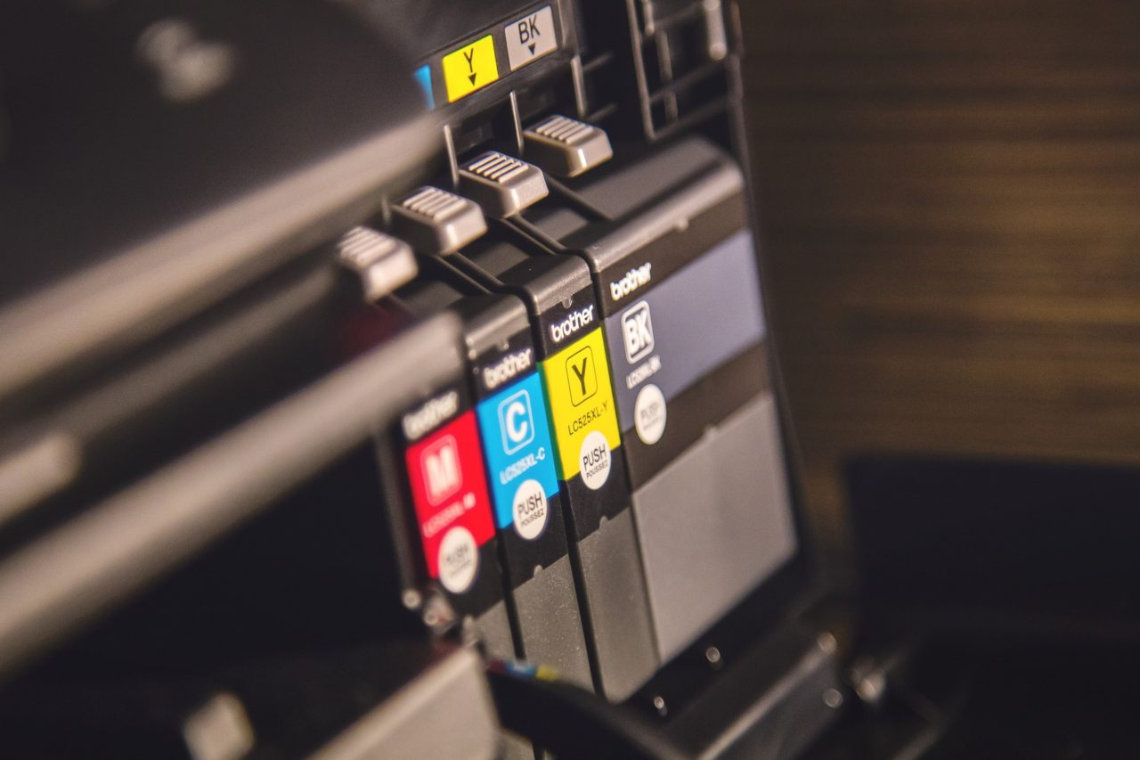 Color ink cartridges in printer
